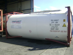 03. Trifleet Tank Container Front View